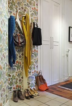 i think i want to wallpaper my mudroom