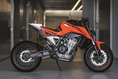 What's next for KTM? The brand has, however, unveiled a new concept bike at this year's EICMA show in Milan. Called the KTM 790 Duke […] Duke Motorcycle, Motorcycle Design, Bike Design, Moto Ktm, Moto Bike, Ktm Duke, Super Bikes, Moto Roadster, New Ktm