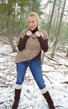 FREE Catching Fire- Katniss Everdeen cowl wrap pattern.