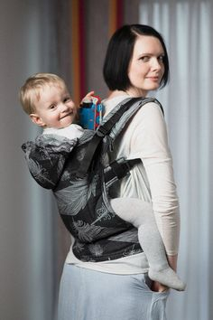 b57b4588048 Lenny Lamb Ergonomic Full Buckle Carrier Feathers Black and White (cotton)  Ring Sling