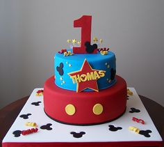 Mickey Mouse cake | If feels really good to be back!!!!! It'… | Flickr