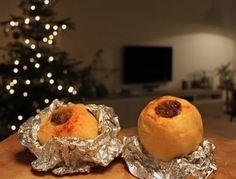 Kerst BBQ | BBQ Junkie | Gevulde Appels van de BBQ Cobb Bbq, Kamado Bbq, Grill Dessert, Bbq Desserts, Good Food, Yummy Food, Bbq Party, Bbq Grill, Food And Drink