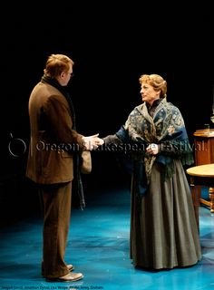 Oregon Shakespeare Festival. SEAGULL (2012): Jonathan Dyrud and Lisa Wolpe. Photo: Jenny Graham.