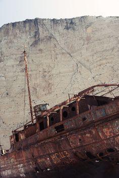 via abandonedography.tumblr.com