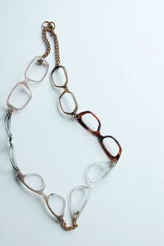 spectacle necklace