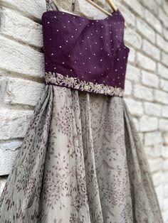 Indian Long Dress, Dress Indian Style, Indian Dresses, Long Gown Dress, Saree Dress, Kids Lehanga, Kids Dress Collection, Wedding Lehenga Designs, Desi Wedding Decor
