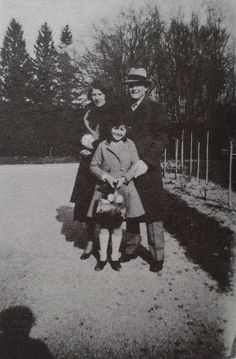 "proustration: "" Zelda, Scott & Scottie, 1931 """