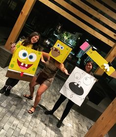A great trio costume for Halloween! (Spongebob costume, Caveman Spongebob costume, Doodlebop costume) A great trio costume for Halloween! Spongebob Halloween Costume, Trio Halloween Costumes, Scary Costumes, Halloween Diy, Spongebob Costumes, Spongebob Memes, Halloween 2020, Meme Day Costumes, Carnival