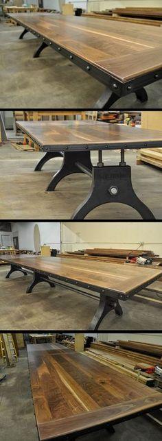 Es gibt natürlich auch rustikale Tische.