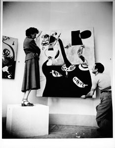 Peggy Guggenheim installing the Greek Pavilion, where she exhibited her collection, XXIV Venice Biennale, with Joan Miró, Dutch interior 1928 Peggy Guggenheim, Max Ernst, History Projects, Art History, Degenerate Art, Venice Biennale, Renaissance Art, Art Studios, Art World
