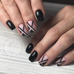 100 Stripes and Tape Nail Art Designs 2018 - Reny styles Elegant Nail Designs, Diy Nail Designs, Short Nail Designs, Elegant Nails, Classy Nails, Beautiful Nail Designs, Tape Nail Art, Nail Art Diy, Cool Nail Art