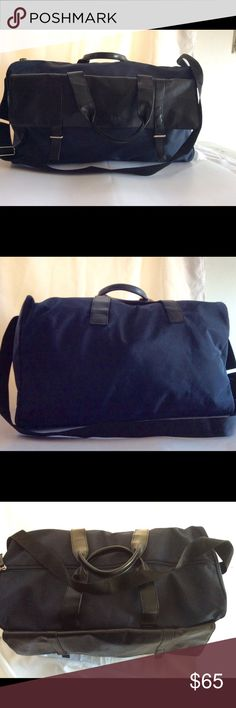 CALVIN KLEIN coated duffel bag Calvin klein traveler bag on navy blue and black leather details very good conditions used Calvin Klein Bags Duffel Bags