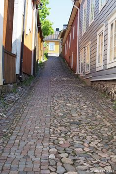 Summer day in Porvoo old town - Adalmina's Secret - Divaaniblogit www.visitporvoo.fi Cityscapes, Old Town, Summer Days, Finland, Norway, Places To Visit, Around The Worlds, Houses, In This Moment