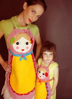 babushka apron - photo for inspiration - mother daughter aprons are so cute! I even do a mother son apron!