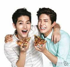 Actors Song Joong-ki and Park Bo-gum are modeling together. According to their managements, the two actors are the new faces for the pizza brand, Domino's Pizza. Park Hae Jin, Park Hyung, Park Seo Joon, Cha Tae Hyun, Cha Eun Woo, Song Joong Ki, Asian Actors, Korean Actors, Korean Dramas
