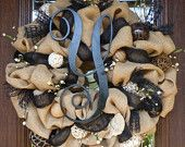 Items similar to BURLAP and Black Wreath with INITIAL on Etsy