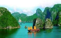 Ha Long Bay is one of the most beautiful places to visit in Vietnam. Beautiful Places To Visit, Cool Places To Visit, Places To Travel, Travel Destinations, Places To Go, Beautiful Beaches, Amazing Places, Visit Vietnam, Vietnam Tours