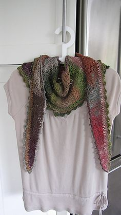 Ravelry: Shawlini pattern by Kathy Kelly it's free!