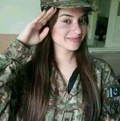 Pak army..❤   ✨**My Pa$$ion** board created by **Haya Maik** ✨ Military Women, Military Fashion, Military Style, Beauty Army, Beauty Women, Army Poetry, Pak Army Quotes, Female Fighter, Fighter Pilot