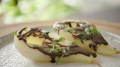 Gestoofde peren met pure chocoladesaus