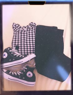 By me :) New Converse, Converse Chuck Taylor All Star, High Top Chucks, High Top Sneakers, Kids Sneakers, Chuck Taylors High Top, High Tops, Personal Style