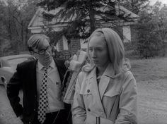 NIGHT OF THE LIVING DEAD (1968) - GEORGE A. ROMERO