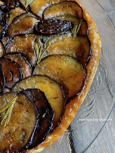 Healthy Snacks 747386500644126317 - Tarte tatin aux aubergines Source by andresegot Healthy Dinner Recipes, Healthy Snacks, Breakfast Recipes, Vegetarian Recipes, Snack Recipes, Cooking Recipes, Smoothie Recipes, Quiches, Food Porn