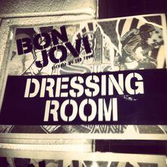 Go backstage at a Bon Jovi concert!