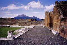 Vesuv , von Pompeji  aus gesehen - Italy