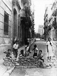 Spain - 1937. - GC - Barricada