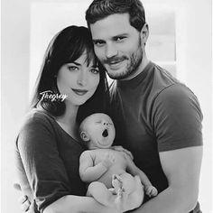 """@__d_a_m_i_e__ on Instagram: """"- A senhora ganhou um menino, Sra. Grey. Verifiquem sua escala de Apgar. - Nove. - Posso ver meu bebê? - pergunto, ofegante. Christian…"""""""