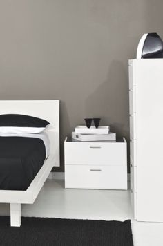 Jersey Is A White Lacquer 2 Drawer Bedroom Nightstand With A Glass Top The 2