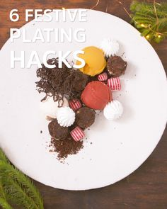 Impress your guests with these EPIC plate-decorating hacks that will take your desserts from average to AWESOME! Dessert Decoration, Brownie Decorations, Chocolate Decorations, Fancy Food Presentation, Presentation Design, Food Plating Techniques, Fun Desserts, French Desserts, Creative Food Art