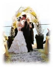 Natural Wedding Arch. Inspiring Cinque Terre Wedding, www.cinqueterrewedding.com