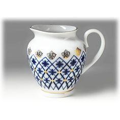 Original Russian Lomonosov Porcelain Snow Flakes Creamer - 3 1/2 inch H. Excellent Quality HANDCRAFTED in Russia. LOMONOSOV mark. by joyfool on Etsy https://www.etsy.com/listing/514376674/original-russian-lomonosov-porcelain