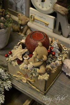 Christmas Advent Wreath, Country Christmas Decorations, Noel Christmas, Green Christmas, Xmas Decorations, Christmas Projects, Winter Christmas, Christmas Arrangements, Christmas Centerpieces