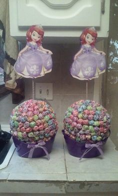 Sofia the first centerpieces. Do it yourself. Dumdum lollipops
