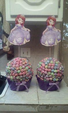 Sofia the first centerpieces. Do it yourself. Dumdum lollipops