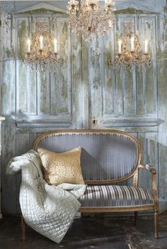 Shabbychic with golden details