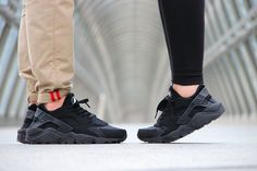 Nike Air Huarache 'Triple Black' | KicksOnFire.com
