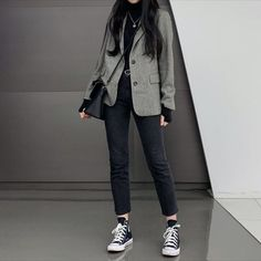 Korean Girl Fashion, Korean Fashion Trends, Korean Street Fashion, Ulzzang Fashion, Look Fashion, Korean Winter Fashion Outfits, Summer Street Fashion, K Fashion Casual, Summer Outfits Korean