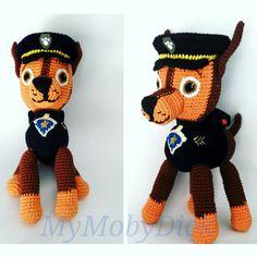 Amigurumi Chase, de la Patrulla Canina. Hecho en crochet con patrón gratuito de Canal Crochet