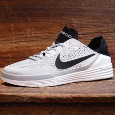 267850e000b3 Nike SB Paul Rodriguez 8 white. Black Venom