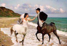 Porque tu y yo sabemos que esto no es lo que esperas ver del día de tu boda...Déjanos entrar en tus recuerdos! www.memoriasdeunaboda.com