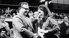 Salvador Allende y Gladys Marin Tokio Hotel, Photo Report, Psychedelic Rock, History Of Photography, History Photos, Rock Music, Hard Rock, Cool Bands, Marines