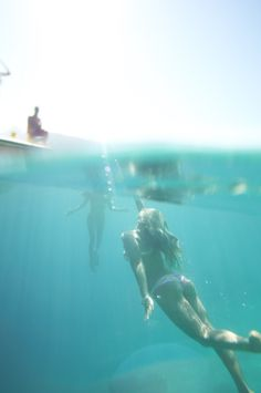 underwater @REEF GIRLS #justpassingthrough