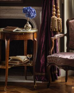 Photos of chateau de villette | THE HERITAGE COLLECTION French Interior, Classic Interior, French Chateau, Luxurious Bedrooms, Beautiful Bedrooms, Decoration, Luxury Homes, Bedroom Decor, Wall