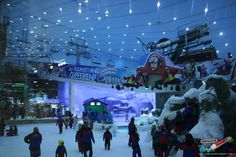 Skiing in Mall of the Emirates - 11 Cool Things to Do in Dubai http://www.confiscatedtoothpaste.com/11-cool-things-to-do-in-dubai/