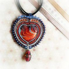 Red Flames Heart Ciondolo Soutache  Rosso Arancio Blu di archidee