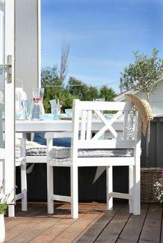 77 praktische Balkon Designs – Coole Ideen, den Balkon originell zu gestalten - bequeme balkon designs ideen weiß holz